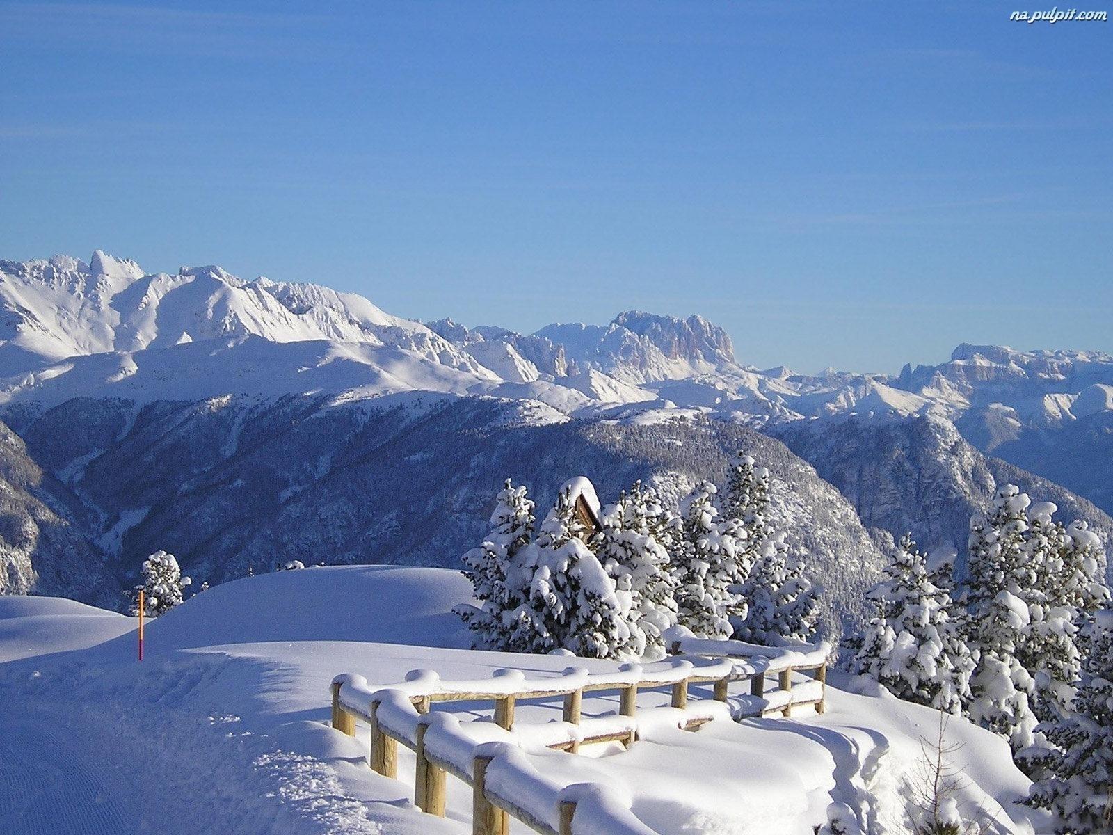 Зимний пейзаж на рабочий стол